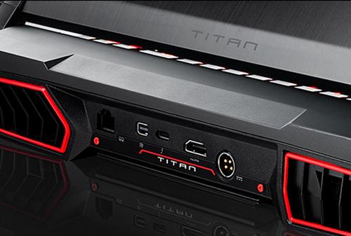 MSI GT75 TITAN 9SG-287ES i7, 32GB, RTX 2080  8GB, 2TB SSD,17.3